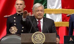 La ceremonia de transición mexicana en 30 imágenes y 17 frases