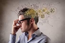 Inteligencia y experiencia: frases célebres y fragmentos literarios